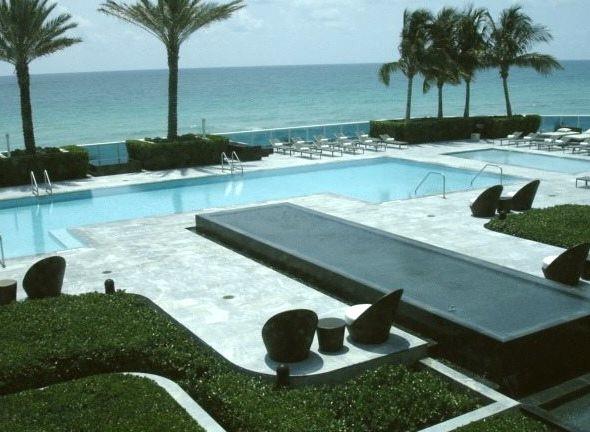 Pool at Trump Hollywood on Beach
